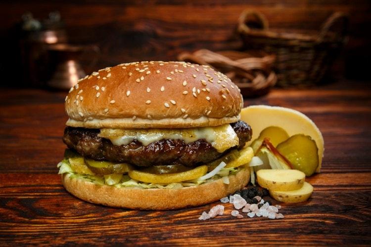 how to eat big burger